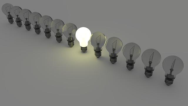 žárovky bílé