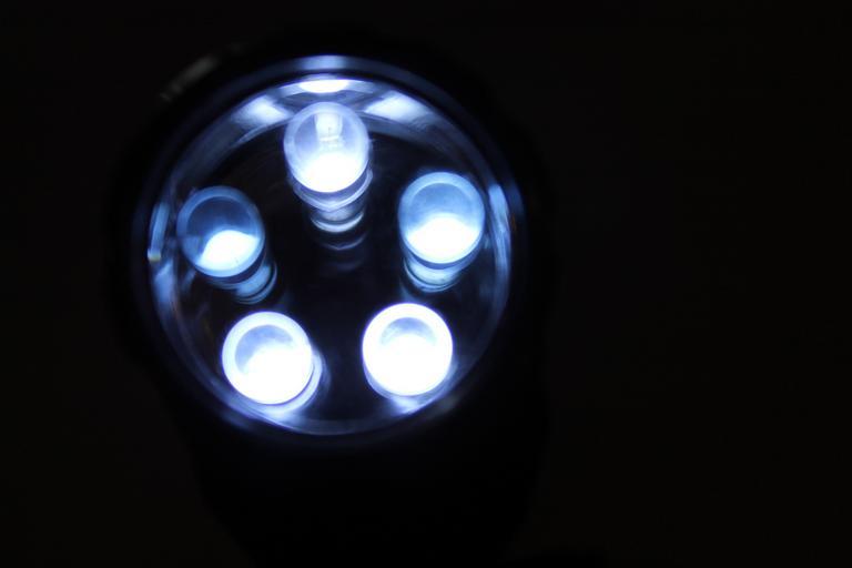LED lampa, LED osvetlenie.jpg