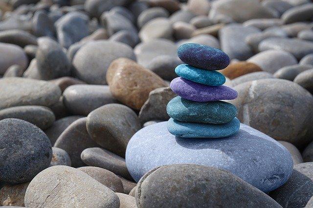 kamene, zen, modrá.jpg